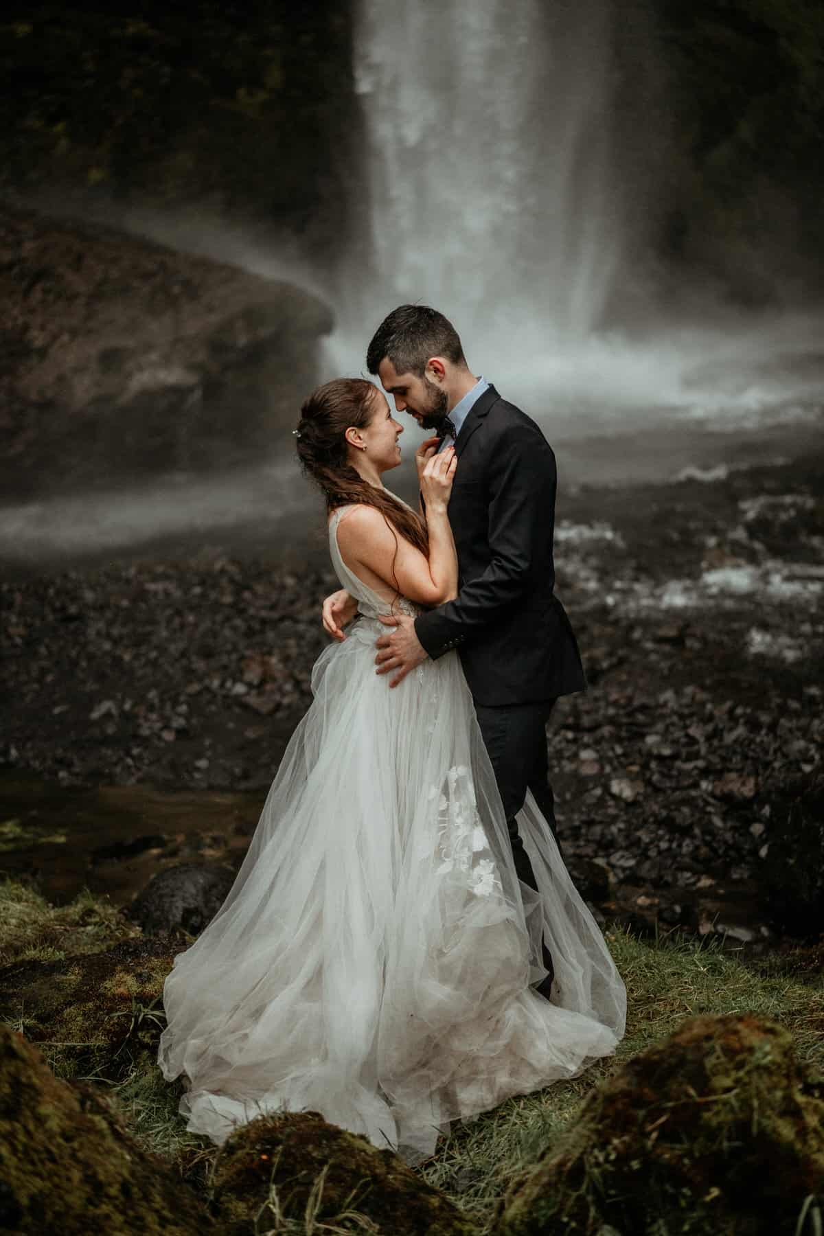 waterfall elopement in iceland
